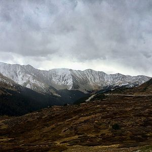 Snow starts to roll in on Loveland Pass - September 30, 2017